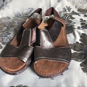 Naturalizer Metallic Sandal